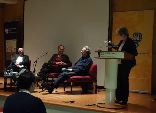 Wirnsberger, Villoro, Schumann, Barbara Göbel (Direktorin des IAI) Quelle: Freunde des IAI.