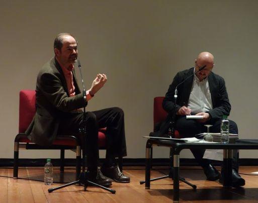 Juan Villoro, Markus Wirnsberger (Dolmetscher), Peter B. Schumann (Moderator). Quelle: Freunde des IAI.